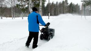 Handai-linko ampuu lumen jopa 15 metrin päähän.