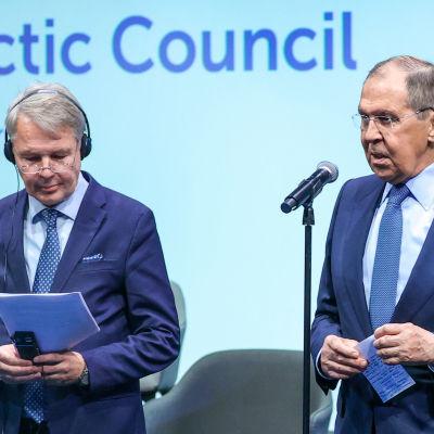Pekka Haavisto ja Sergei Lavrov.