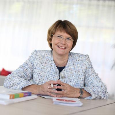 Tuula Teeri, rektor för Aalto-universitetet