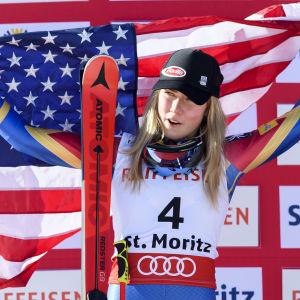 Mikaela Shiffrin firar sin sivermedalj i storslalomtävlingen i VM.