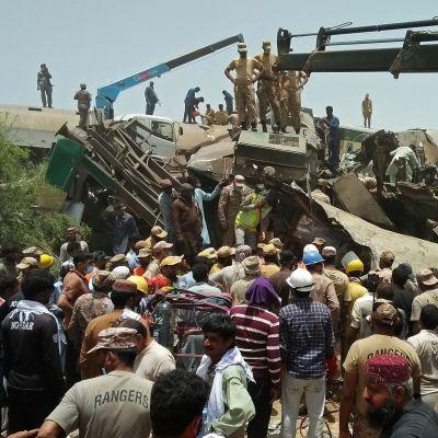 Tågolycka i Pakistan 7.6.2021
