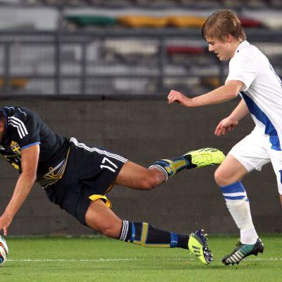 Finland slog Sverige i fotbollslandskamp