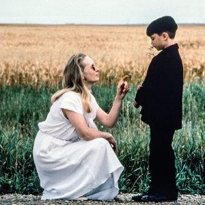 Kuva Philip Ridleyn elokuvasta The Reflecting Skin – lapsuuden loppu (1990).