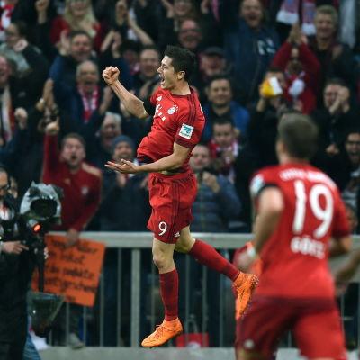 Bayern München Robert Lewandowski gjorde fem mål mot Wolfsburg.