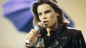 Prinsessan Stephanie gjorde också karriär som sångerska. Här i tysk tv år 1991.