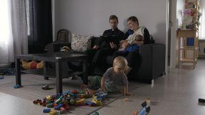 Hemma hos Linus och Rebecka Stråhlman.