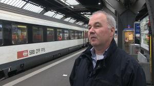 Peter Aeschlimann lokförare på schweiziska järnvägarna