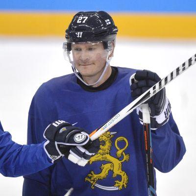 Petri Kontiola, Lauri Marjamäki.