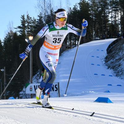 Ebba Andersson åker i Lahtis våren 2020