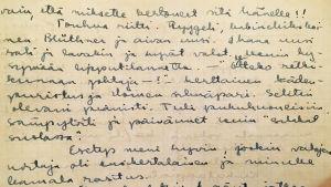 Meri Louhoksen päiväkirjansivu kesäkiertueella 1945.