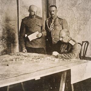 Kenraali Nikolai Judenitsh.