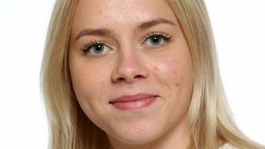 Ett personporträtt på Cecilia Grönholm.