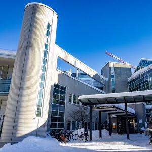 Oulun kaupunginsairaala talvi 2021