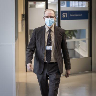 Juha Korpelainen, johtajaylilääkäri, Oulun Yliopistollinen Sairaala