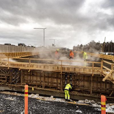 Oulujoen sillan työmaa