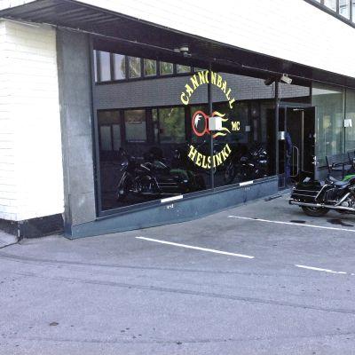 Cannonball MC:s klubblokal i Helsingfors.