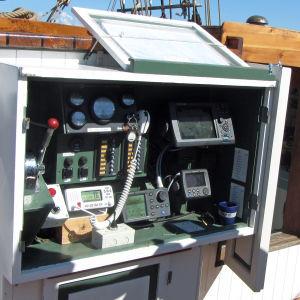 Laitteistoa merenkulun apuna
