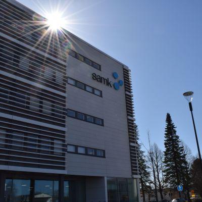 Satakunnan ammattikorkeakoulun uusi kampus SAMK Porin Asema-aukiolla.