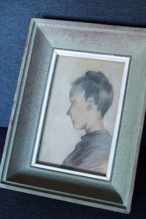 Kvinnoporträtt av konstnären Thyra Strandberg.