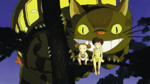 Naapurini Totoro. Animaatioelokuva, ohjaus Hayao Miyazaki.