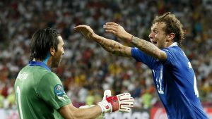 Gianluigi Buffon och Alessandro Diamanti