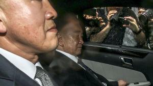 Kim Jong-Un stabschef Kim Chang-Son (till höger) leder Nordkoreas delegation i Singapore där man diskuterar logistik, säkerhet och protokoll inför toppmötet