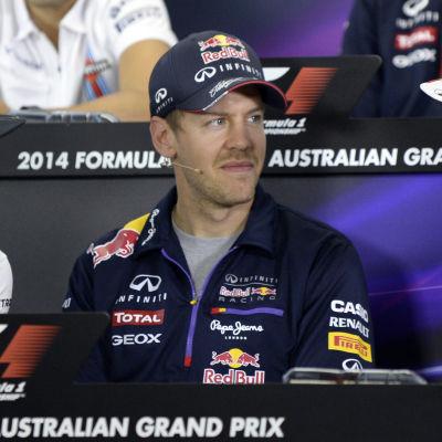 Lewis Hamilton, Sebastian Vettel och Fernando Alonso i Australien 2014.