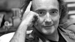 Muotokuvassa kirjailija Noël Balen