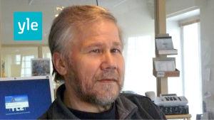 Sune Bergström är redaktör på Svenska Yle och arbetar för Radio Vega Östnyland.