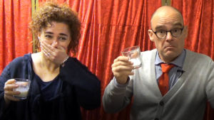 Jessica Edén och Joakim Enegren testar mjöksubstitut