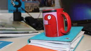 Kahvimuki opettajan työhuoneessa
