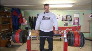Fredrik Smulter och 400 kg