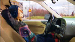 autolla ajo ilman käsiä