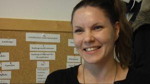 Riina Lindroos jobbar som uppsökande ungdomsledare i Raseborg.