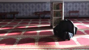 Bön i moskén i Nürnberg.