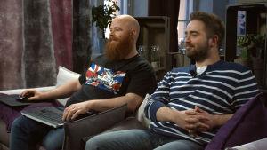 Björn och Ted spelar GTA V.