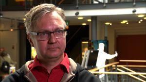Regissören Markku Heikkinen
