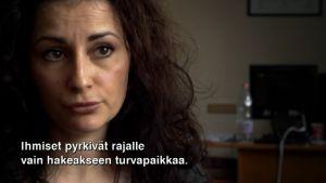 Bulgarian Helsinki-komitean asianajaja Valentina Nilsen ei ole tyytyväinen siihen miten Bulgaria ja EU käsittelevät pakolaisia