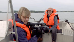 Minna Pyykkö ja Markku Sipi matkaavat mäyrän pesälle
