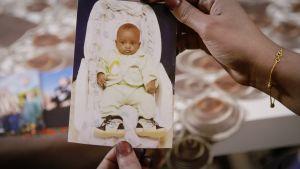 Nadifo Shador Ali måste lämna barnen i Somalia när hon flydde.