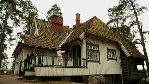 Jean Sibelius -viulukilpailun kilpailijat vierailivat välipäivänä Ainolassa