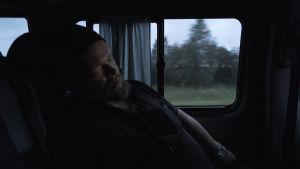 Ville Haapasalo ja Volga 30 päivässä, iltamyöhä