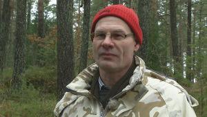 Vargen bestämmer själv var den ska bo, säger Jörgen Hermansson på Viltcentralen.