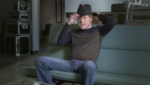 Robert Redford sovittaa Borsalino-hattua