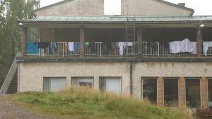 Flyktingförläggningen i Pansio exteriör september