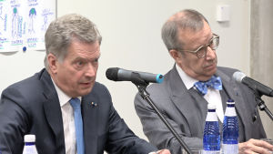 Presidenterna Sauli Niinistö och Toomas Hendrik Ilves i Estland 18.5.2016