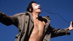 David Helfgott (Geoffrey Rush) elokuvassa Loisto