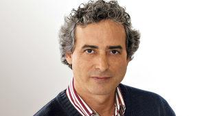 Kirjailija Ildefonso Falconesin muotokuva