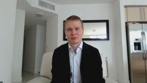 Ville Rantala är biträdande professor i finansiering vid Miami University. Skype-intervju