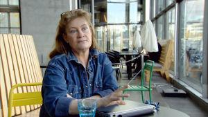 Camilla Nordenswan betalade dubbelt för flygbiljetten.